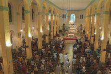 Une messe solennelle de repentance et d'action de grâce pour les lumières et les zones d'ombre de l'Eglise catholique de Guyane a eu lieu à la cathédrale de Cayenne.