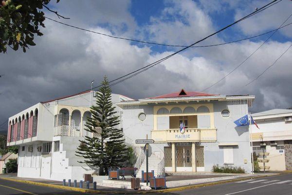 Mairie de Vieux Fort, Gourbeyre, Baillif