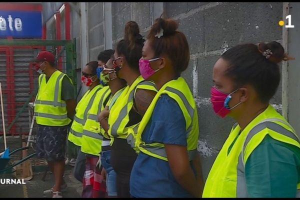 175 Jeunes en contrats aidés confectionnent 20 000 masques