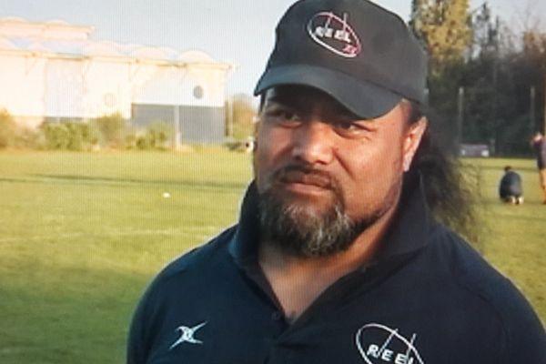 pakihivatau rugbyman et acteur