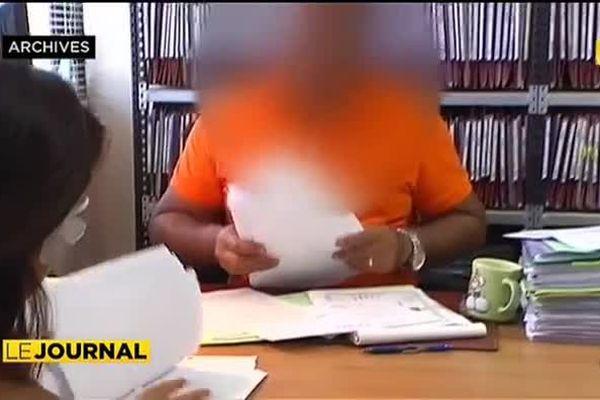 un fonctionnaire soupçonné d'escroquerie envers les demandeurs d'aide à la mobilité