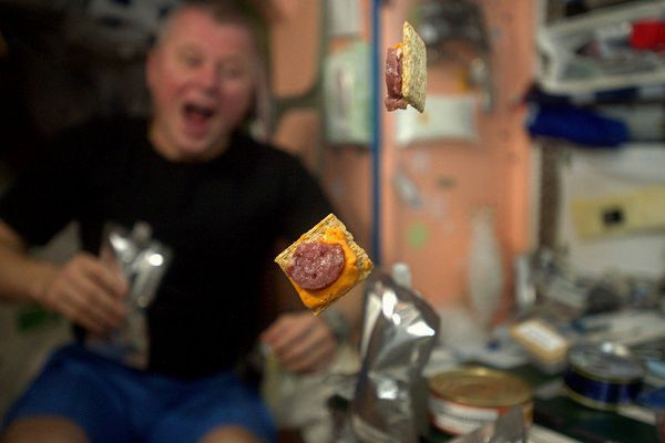 astronaute repas noel