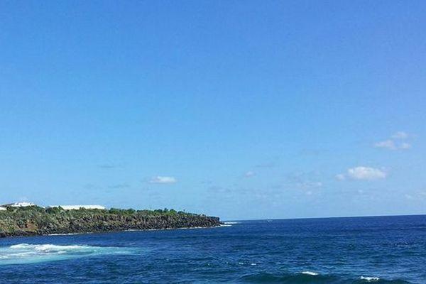 Ciel Bleu sur l'océan