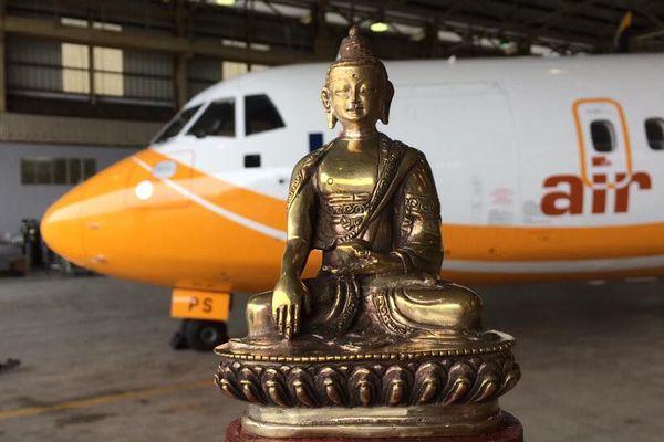 Papa Sierra l'ATR de Air Calédonie part pour le Népal, avec la compagnie Buddha Air (18 janvier 2017)