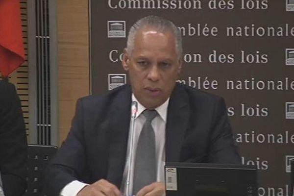 Victorin Lurel face à la délégation Outre-mer de l'Assemblée Nationale