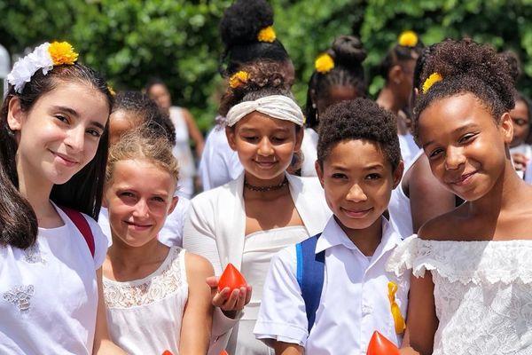 Les enfants de la Chorale épices dorées de l'école Amédée Fengarol