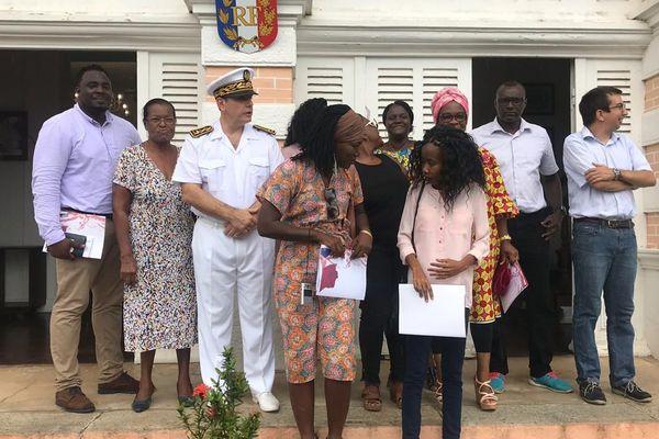 La photo de famille des nouveaux naturalisés 16 mai 2019