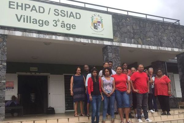 grève soignants ehpad village 3e age de Saint André
