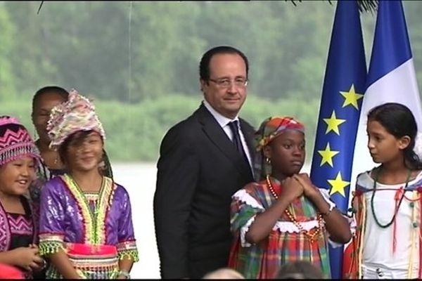Président François Hollande à Mana
