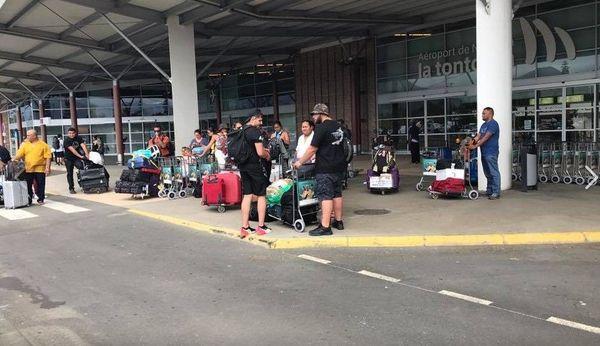 passagers à Tontouta