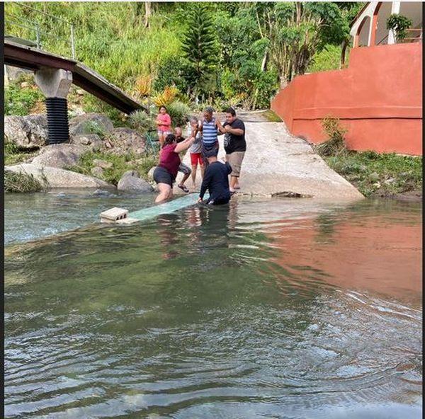 Porto Rico pont pedestre detruit