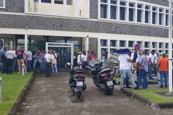 Mobilisation des Policiers au Lamentin ce vendredi 13 septembre 2019