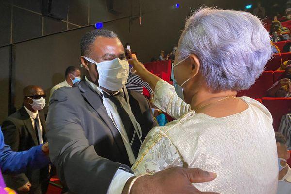Saïd Andhanouni et Hanima Ibrahima passation de pouvoir à Chirongui