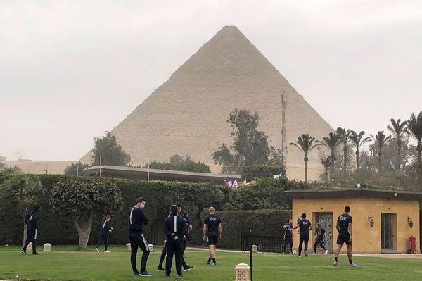 Les handballeurs entament leur campagne au pied des Pyramides