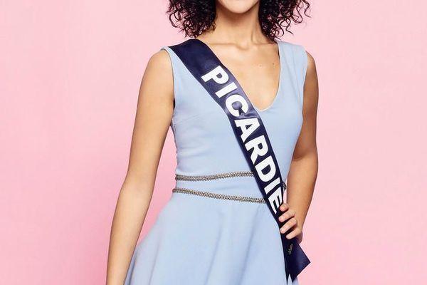 Assia Kerim, 22 ans, Miss Picardie