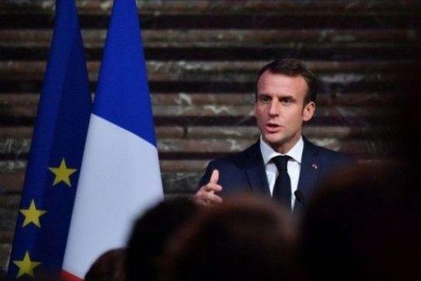 Suivez le grand débat entre Emmanuel Macron et les élus d'outremer