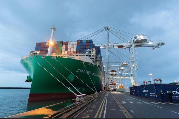 Manutention de fret / port