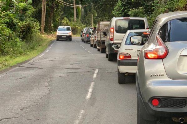 Les embouteillages depuis Ironi, à l'entrée sud de Mamoudzou