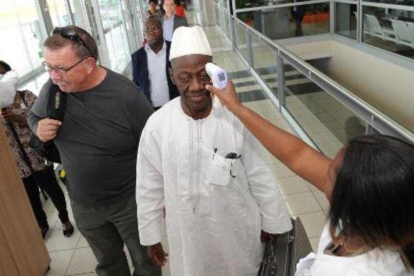 Ebola : Les Etats-Unis veulent renforcer le contrôle des voyageurs
