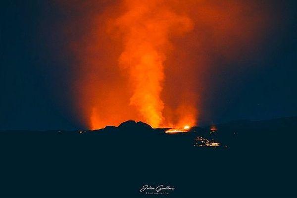 Eruption 25 février 2019