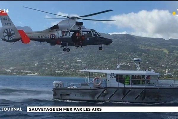 Exercice de sauvetage en mer grandeur nature à Faa'a