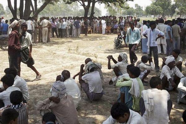 Inde : deux ados retrouvées pendues après avoir été violées par cinq hommes