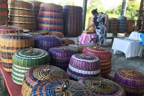 Le travail de la vannerie au village Norino
