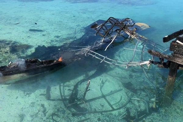 Il ne reste plus rien du bateau de plongée