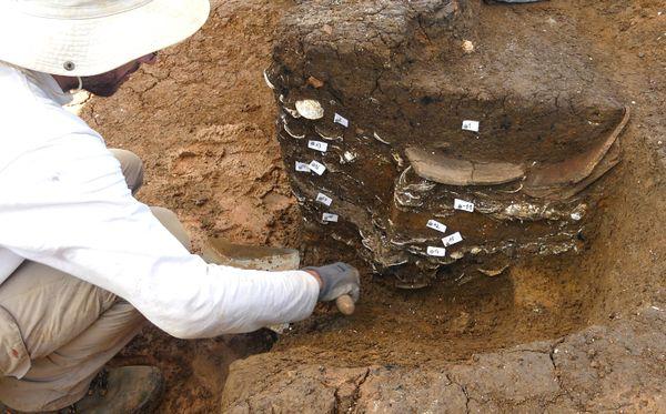 Fouilles archéologiques Petit-Pérou Abymes, INRAP