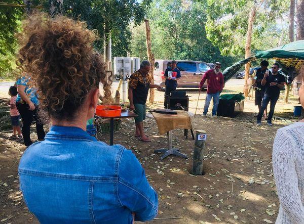Dix ans de l'Ecomusée du café à Voh, torréfaction, 8 août 2020