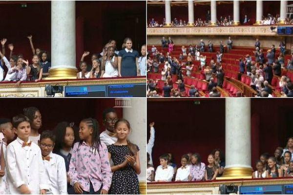 De jeunes écoliers guadeloupéens remportent la 23e édition du Parlement des enfants.