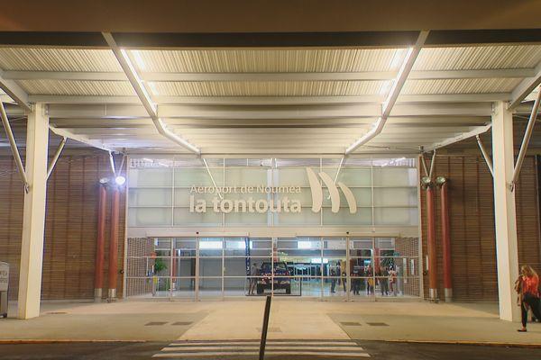 aéroport tontouta