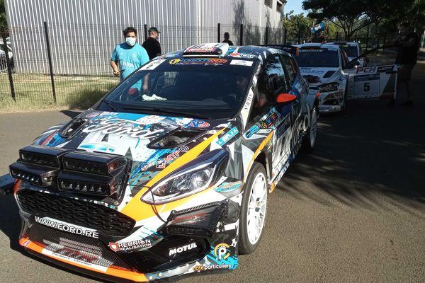 52e Tour Auto de la Réunion voiture Ford