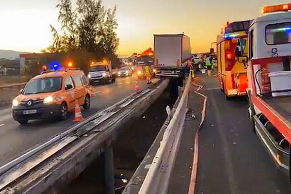 Accident du camion sur la RN 1 Saint-Louis Bel-Air
