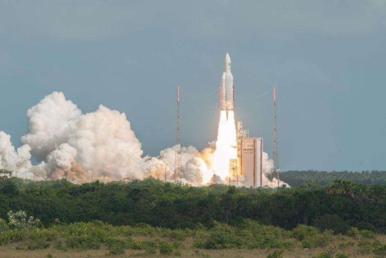 Calendrier Lancement Ariane 2019.Apres La Crise Sociale En Guyane Arianespace Reprend Les