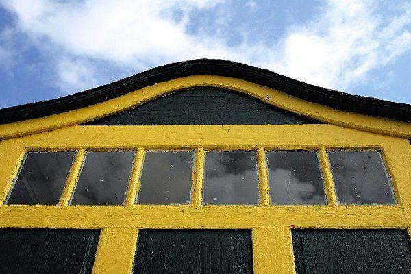 Les couleurs des maisons séduisent souvent les touristes