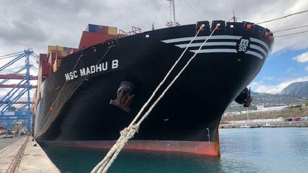 Le MSC MADHU est le plus gros porte-conteneurs jamais accueilli à La Réunion.