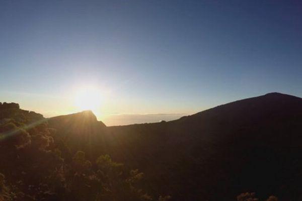 Lever du soleil sur La Réunion