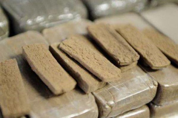 Importante saisie de résine de cannabis par les douaniers de Guadeloupe