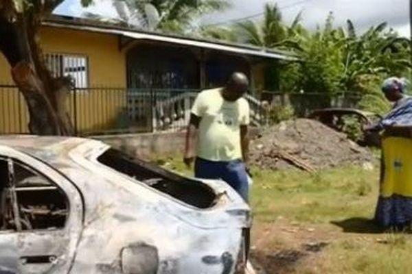 Voitures incendiées Bandrélé