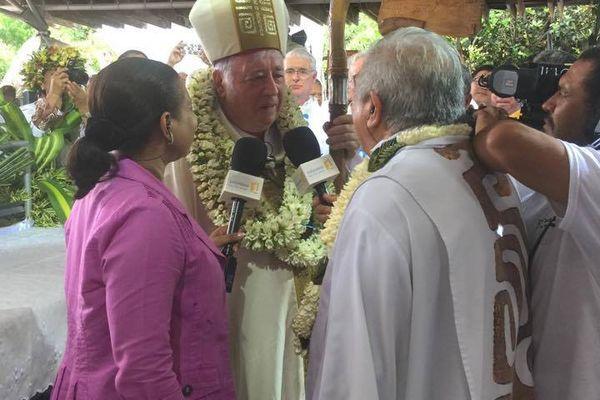 Polynésie 1ère et Mgr de Cottanceau