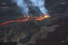 Éruption du Piton de la Fournaise, samedi 10 avril 2021.