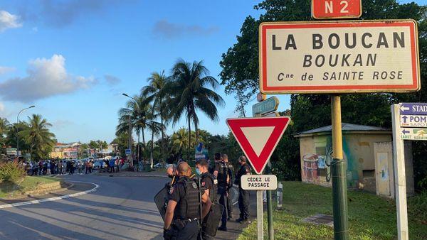 Mobilisation de parents d'élèves à La Boucan 04/03/2021
