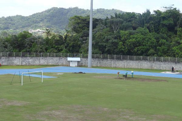 Réparation Stade Edmard Lama