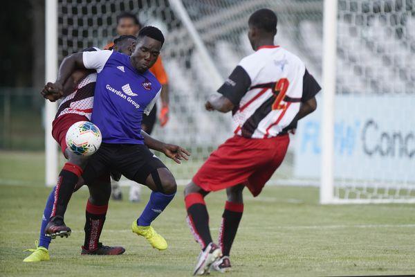 CONCACAF : des débuts difficiles pour l'Olympique de Cayenne