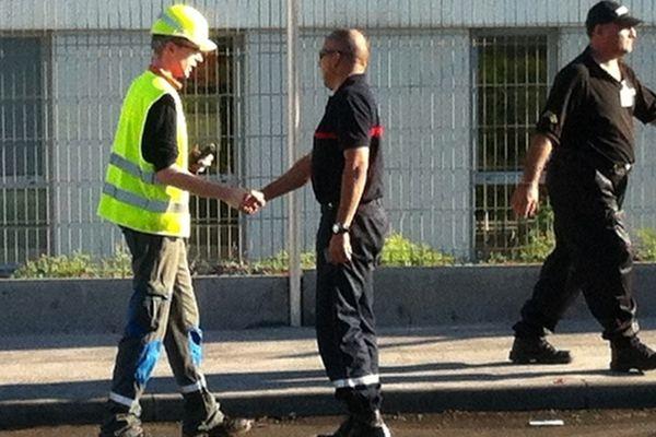 Centrale thermique du Port : employé et pompier