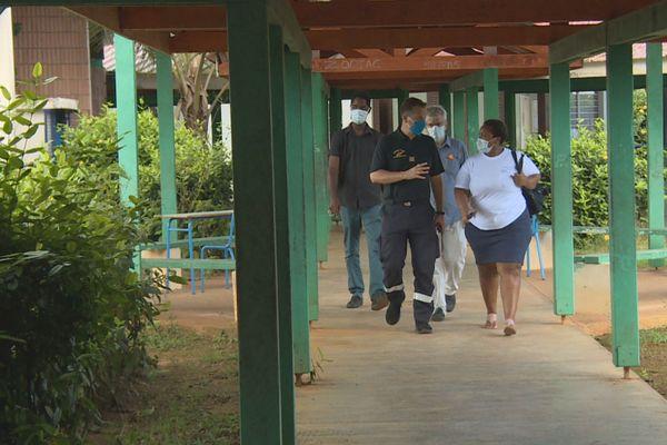 La visite du centre de confinement de Saint-Georges
