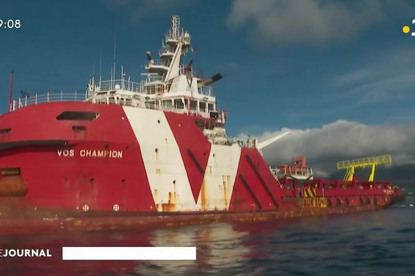 Tahiti : la pose du SWAC du Taaone touche à sa fin