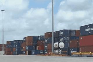 Conteneurs du port
