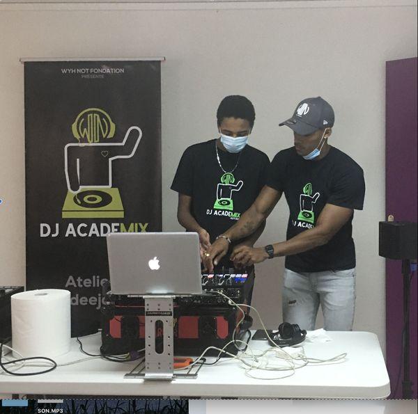 DJ Academix